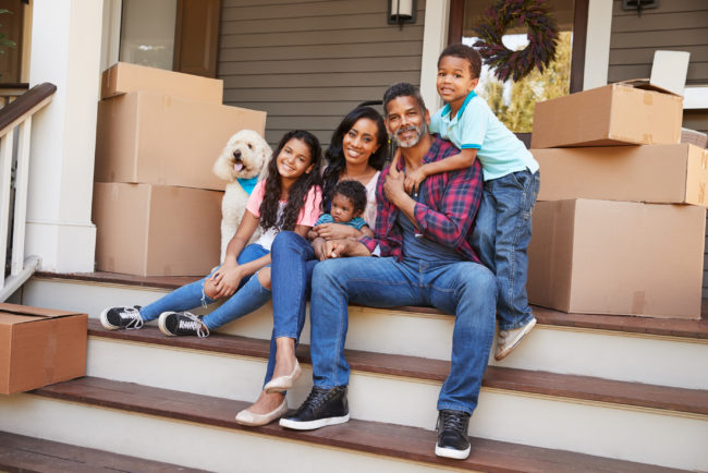 Real Estate News - Family moving in